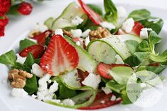 BLT Salad with Garden Ranch - Primal Palate Easy Healthy Dinners, Healthy Salads, Healthy Dinner Recipes, Paleo Recipes, Mexican Food Recipes, Ethnic Recipes, Green Salad With Chicken, Toast Hawaii, Healthy Recipes