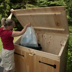 Outdoor Wooden Garbage Can Storage Bin Provide Attractive Waste Storage Solution