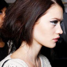 10 Ways To Update Your Look In 10 Minutes