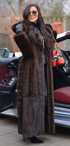 I've not settled on any one in particular because so many people make them, but a longline deep brown fur coat is obviously a sought after staple, and I'd prefer one with a hood and pockets. Sable Fur Coat, Long Fur Coat, Mink Fur, Fur Coats, Fur Fashion, Fashion Outfits, Green Fur, Coats For Women, Clothes For Women