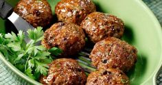Amateur Cook Professional Eater - Greek recipes cooked again and again: Keftedes - Classic Greek fried meatballs Greek Recipes, Meat Recipes, Paleo Recipes, Cooking Recipes, Greek Fries, Cetogenic Diet, Greek Appetizers, Middle East Food, Greek Cooking
