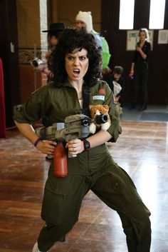 Because no Ripley costume is complete WITHOUT KITTY. Oz Comic-Con 2014 - Melbourne cosplay - Ripley (Aliens)