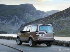 1402860068_land-rover-discovery-4-4.jpg (1024×768)