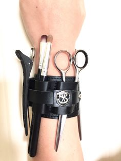 Salon Armor Magnetic Cuff A functional accessory.