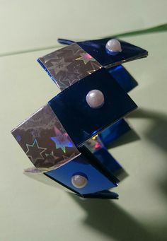 Bracciale realizzazato con la tecnica dell'origami materiale carta washi Trattamento anti urto e impermeabilizzato