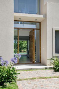 Portas e janelas modernas por Parrado Arquitectura