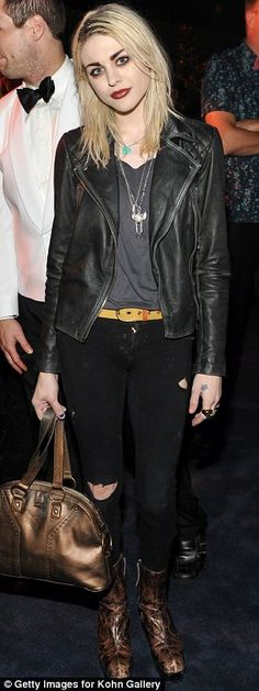 'You have such an incredibly beautiful soul': Frances Bean Cobain (L) has offered her support to Zelda Williams