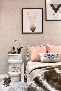 Trendy Home Interior Vintage Credenzas Ideas Girls Bedroom, Bedroom Decor, Bedroom Ideas, Bedrooms, Diy Wood Countertops, Tumblr Bedroom, Trendy Home, Interior Paint, Cafe Interior
