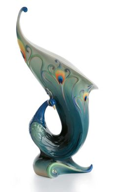 Excellent Information To Assist You Recognize Concerning Peacock Vases | Modern Home Gallery