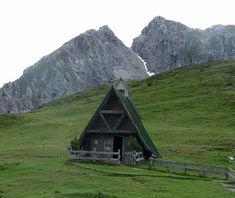 Love this A frame house