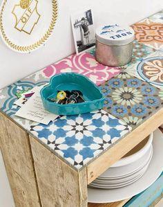 EN MI ESPACIO VITAL: Muebles Recuperados y Decoración Vintage: Un DIY con baldosas hidráulicas {DIY with old tiles}