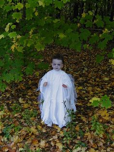 simple toddler ghost costume designed and photographed by Amy Bradstreet. Source:http://www.flickr.com/photos/merbabies/2320239406/in/set-72157605165819959