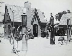 Early Phillips Service Station