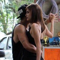 Caio Castro e Maria Casadevall dançam coladinhos nos bastidores de 'I Love'