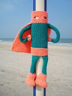 yarn bombing superhero