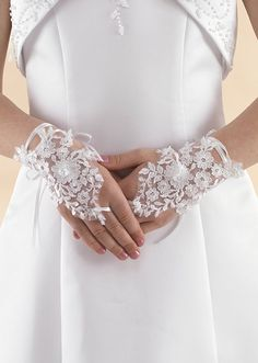 White Beaded Lace Fingerless Communion Gloves - Linzi Jay LG56 - Girls Communion Gloves - Vintage Wrist Length Gauntlet Style First Communion Gloves With Ribbons