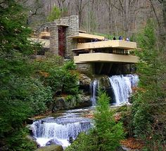 The Fallingwater, in Pennsylvania (USA). It was designed by American architect Frank Lloyd Wright in 1935 and built partly over a waterfall.