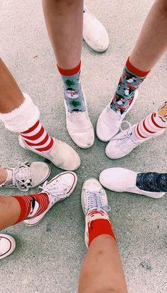 See more of teenthings's VSCO. Christmas Feeling, Merry Little Christmas, Cozy Christmas, All Things Christmas, Christmas Holidays, Xmas, Christmas Couple, Christmas Aesthetic, Christmas Wallpaper