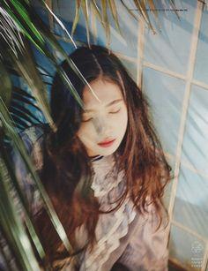 Nhóm Red Velvet đẹp lạ lùng trên tạp chí W ấn bản Hàn Quốc
