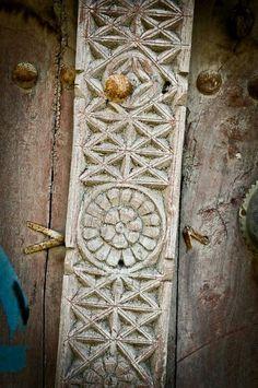 Oman, Door Design