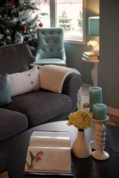 grey blue white living room. I want these colors is my bedroom