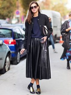 Use a belt to highlight your waist when wearing a pleated skirt to create a sophisticated not sloppy look. www.stylestaples.com.au