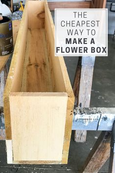 Achieve instant curb appeal the cheap and easy way. Full tutorial on how to build a DIY cedar window box. Just in time to show off those beautiful spring and summer flowers. Pallet Flower Box, Wood Flower Box, Diy Flower Boxes, Window Box Flowers, Diy Flowers, Cedar Window Boxes, Window Planter Boxes, Window Box Diy, Wooden Table Diy