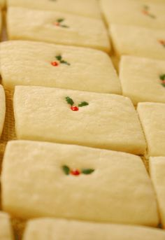 Vanilla Bean Shortbread Cookies for Christmas
