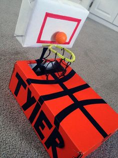 Basketball Valentine Card Box Idea for Boys! See more card box ideas for kids on www.prettymyparty.com.