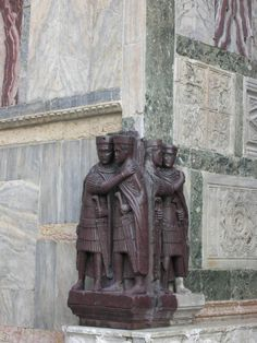 Four Tetrarchs Sculpture 4th Century - San Marco & Piazza - Venice, Italy     On Museum Planet's iPad tour