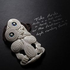 Ariki is a high chief, a lord, a leader or the first-born in a high ranking family. The Hei-Tiki is an ornamental pendant of the Maori of New Zealand and is considered a 'taonga', meaning a treasure or anything highly prized. Maori Patterns, Bone Carving, Ancient History, Pendant Jewelry, New Zealand, Hand Carved, Lord, Pendants, Jewellery