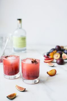 Spiced Plum, Fig & Kombucha Cocktail by The Green Life | #drinkthesummer