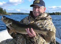 EARLY SUMMER WALLEYE with video