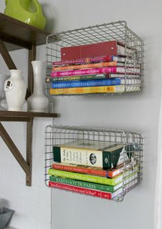 Decorating your kitchen with cookbooks