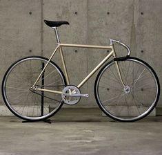 Urban Cycling, Urban Bike, Bici Retro, Fixed Gear Bicycle, Bike Frame, Bicycle Design, Vintage Bicycles, Bike Life, Cool Bikes