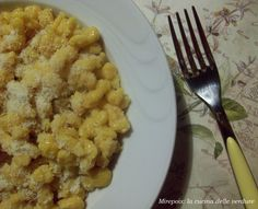 Spatzle alla zucca by mirepoix Biscotti, Macaroni And Cheese, Food And Drink, Ethnic Recipes, Cooking, 3, Italy, Dinners, Meals