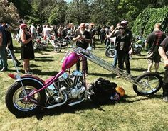 Harley Davidson Panhead, Harley Bobber, Chopper Motorcycle, Bobber Chopper, Motorcycle Garage, Motorcycle Outfit, Custom Choppers, Custom Motorcycles, Custom Bikes