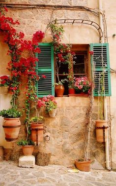 of Mallorca, Spain - I thought this was a beautiful pic from a country I want to visit again.Colors of Mallorca, Spain - I thought this was a beautiful pic from a country I want to visit again. Beautiful World, Beautiful Places, Stunningly Beautiful, Magic Places, Green Shutters, Spanish Style, Spanish Revival, Belle Photo, The Places Youll Go
