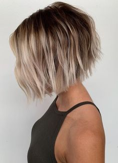 We& compiled here some of the best styles of bob haircuts with balayage hair colors to show off in year Must use to wear this latest style of bob cut just to get unique and cute look. Bob Haircuts For Women, Short Bob Haircuts, Bob Hairstyles, Popular Haircuts, Hair Inspo, Hair Inspiration, New Hair, Your Hair, Short Hair Cuts