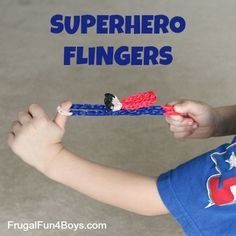 Rainbow Loom Superhero Flingers - with a video tutorial. Great gift idea for an older kid to make for a younger one.