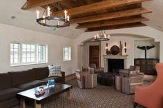 Traditional Family Room Design Ideas, Pictures, Remodel and Decor