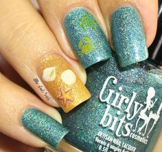 Musings of the Wife of a Jedi: Birthday Ocean-Inspired Nails