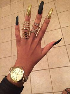 Hella long nails tho | Pinterest: @stylishchic14 ⇜✧≪∘∙✦♡✦∙∘≫✧⇝
