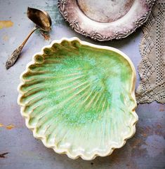 Handmade ceramics Sea Shells, Serving Bowls, Pottery, Ceramics, Tableware, Handmade, Ceramica, Ceramica, Dinnerware