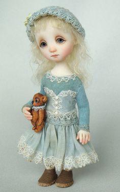 ~Ana Salvador~ Little Liz  (3.9 inches)