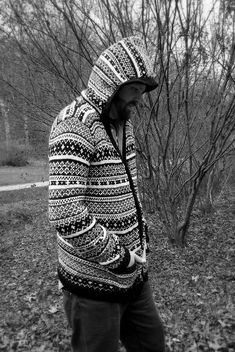 Amazing knitting and design by Ravelry user JMN, fellow Hufflepuff.