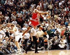 """Michael Jordan """"The Shot"""""""