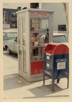 What used to be so common, on every street corner. Can't find either of these anymore. telephone booth mail box memories good old days My Childhood Memories, Great Memories, 1980s Childhood, Photo Vintage, Ol Days, My Memory, The Good Old Days, Dieselpunk, Old School
