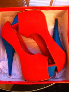 red and blue high heels - Woman Shoes - Best Collection Hot Shoes, Crazy Shoes, Me Too Shoes, Funky Shoes, Stiletto Shoes, Shoes Heels, Wedge Boots, Shoe Boots, Blue High Heels