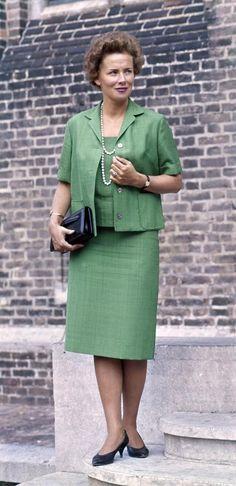 Haya van Someren Downer ,prettiest woman in dutch politics,everybody in love